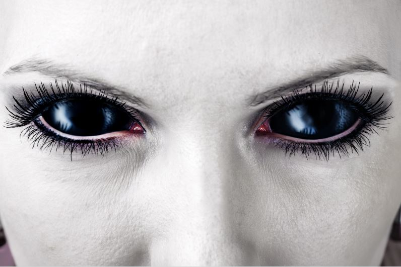 Evil eyes color meaning